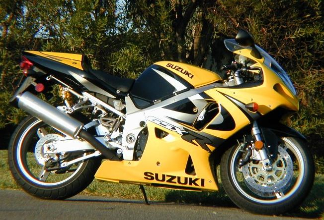 MD Ride Review (Part Two): 2000 Suzuki GSX-R750 - MotorcycleDaily