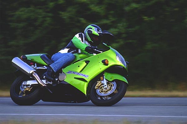 The Real Story on Kawasaki ZX-12R Performance