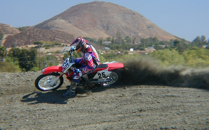 First Ride 2002 Honda Crf450r Motorcycledailycom Motorcycle