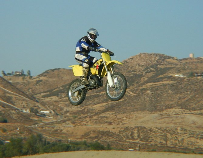 MD Ride Review: 2002 Suzuki RM125 - MotorcycleDaily com