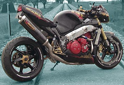 Hayabusa-based streetfighter