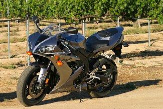 MD 1000cc Sport Bike Comparison: Unreal Performance for the