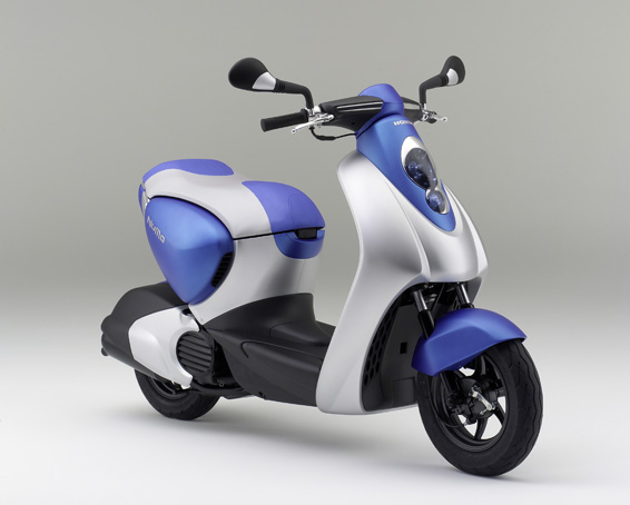 prototype honda 50cc hybrid scooter points to two wheel. Black Bedroom Furniture Sets. Home Design Ideas