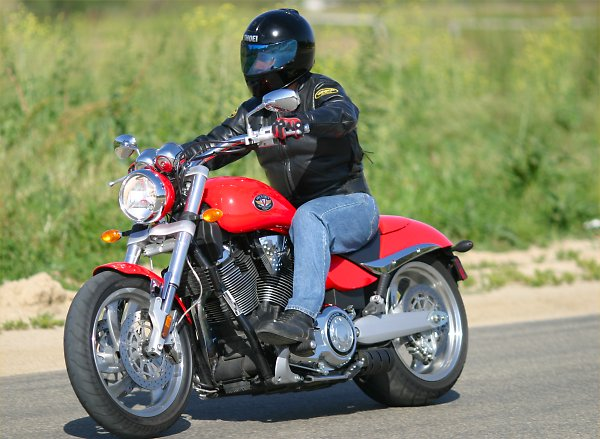2005 Victory Hammer: MD First Ride « MotorcycleDaily.com ...