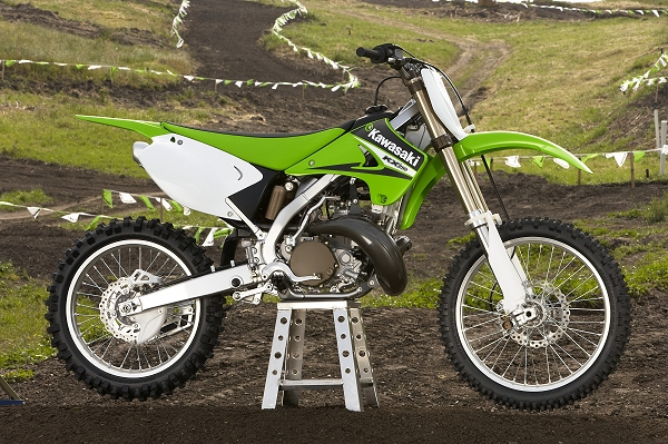 several motocross magazines hailed the 2005 kawasaki kx 250 as one of