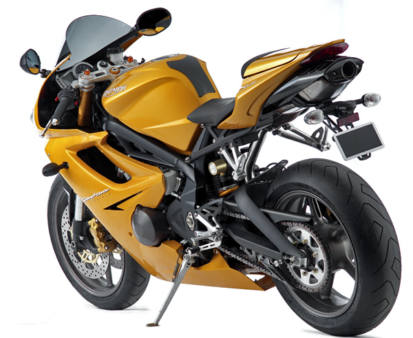 Md Preview 2006 Triumph Daytona 675 Motorcycledailycom