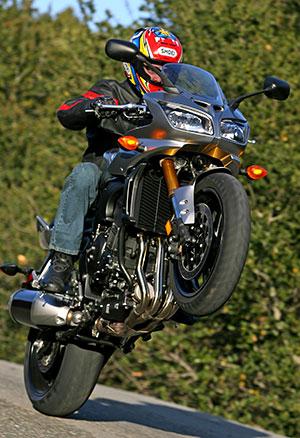MD Ride Review: 2006 Yamaha FZ1 « MotorcycleDaily.com – Motorcycle ...