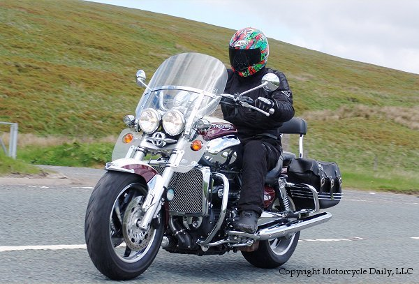 MD First Ride: 2006 Triumph Rocket III Classic « MotorcycleDaily.com ...