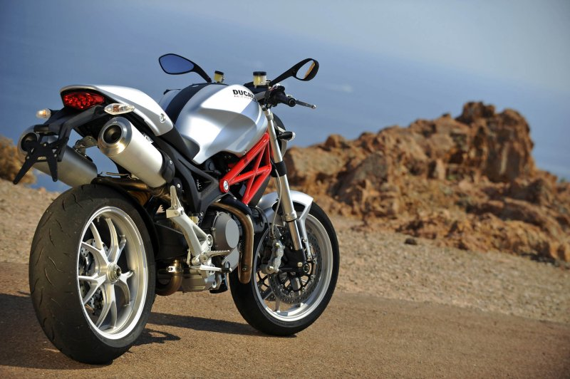 2009 ducati monster 1100: md first ride « motorcycledaily