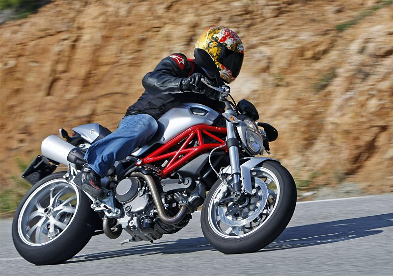 2009 Ducati Monster 1100: MD First Ride « MotorcycleDaily.com ...