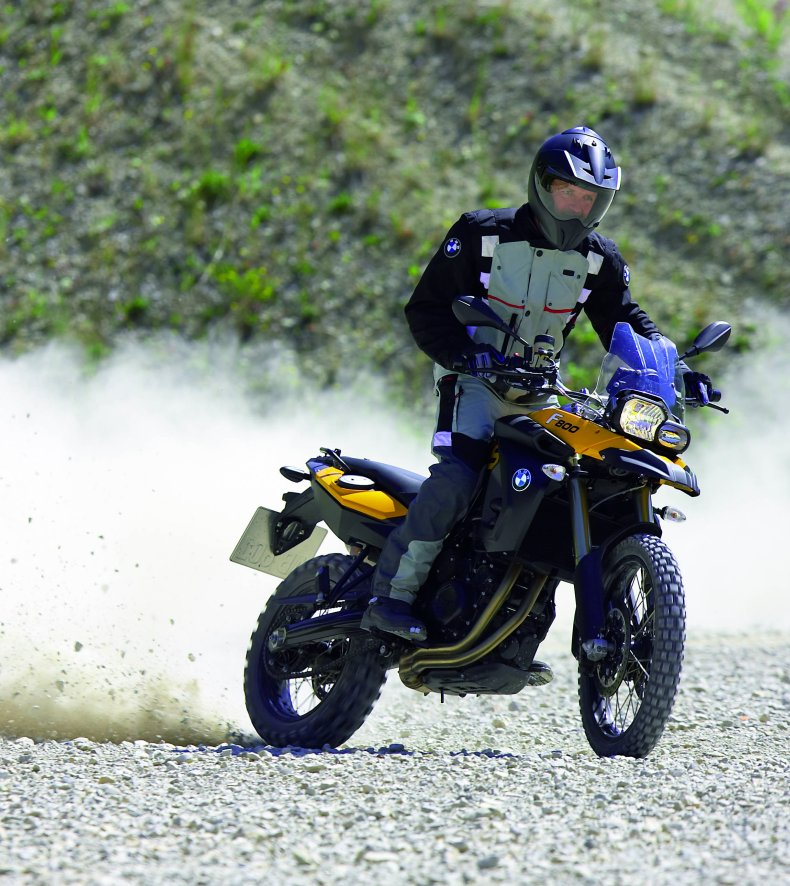 Front Axle Problem With Bmw F800gs Prompts Recall Motorcycledaily
