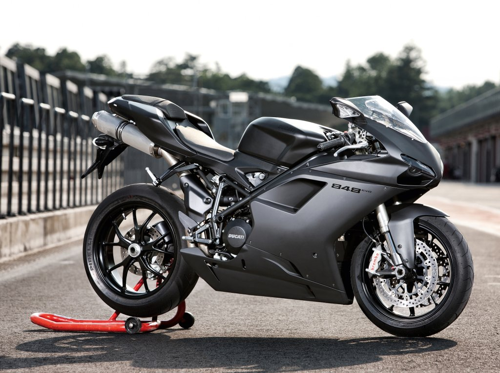 New Ducati 848 EVO Gives Middleweight Buyers More « MotorcycleDaily ...