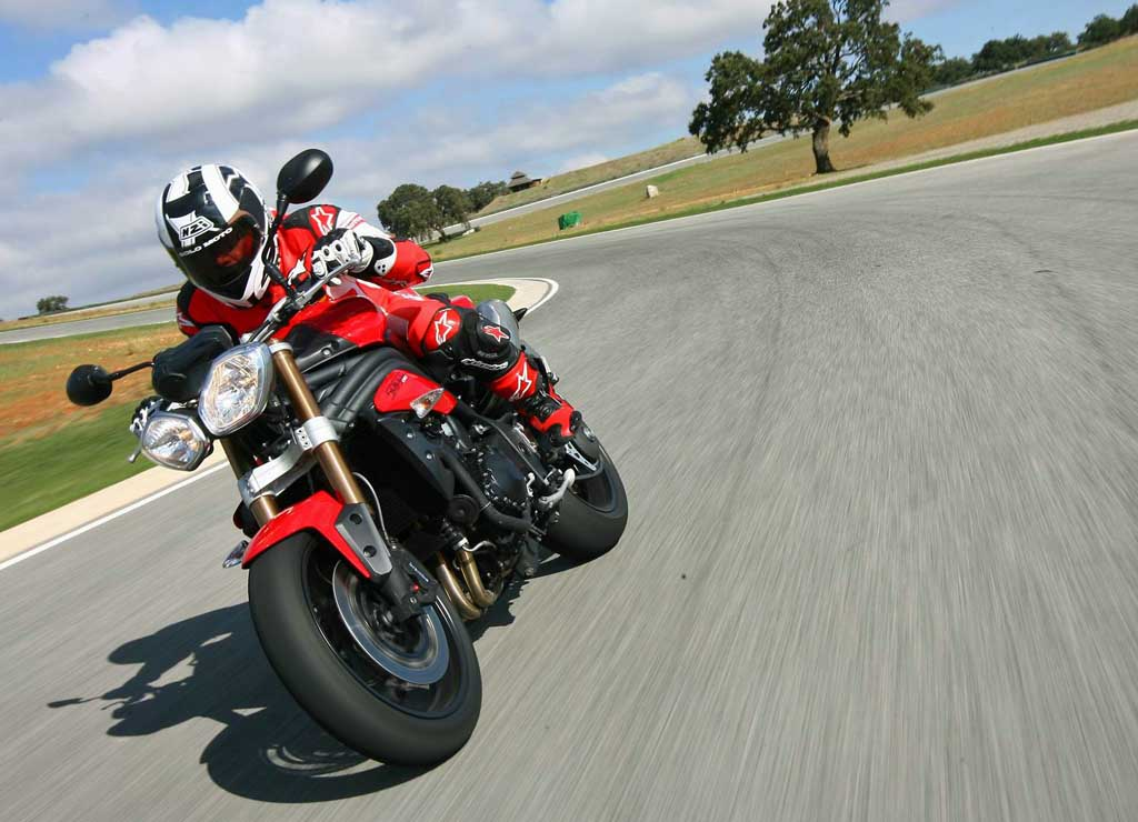2011 Triumph Speed Triple Md First Ride Motorcycledailycom