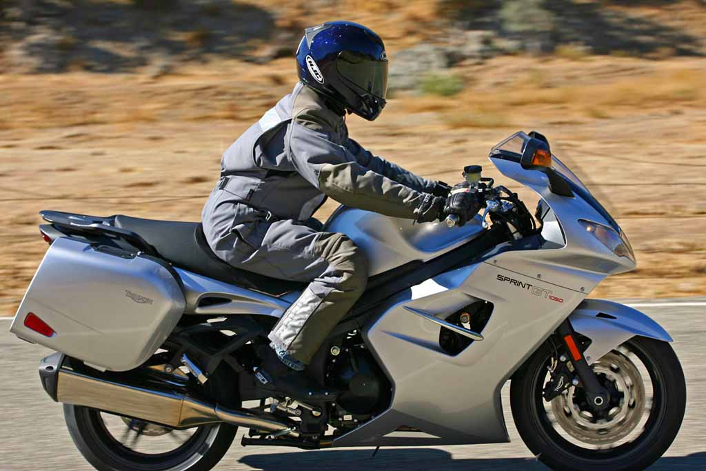2011 Triumph Sprint GT : MD Ride Review from Four Different ...