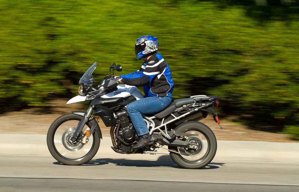 2011 Triumph Tiger 800 And 800xc Md Ride Review Part
