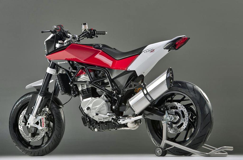 husqvarna unveils new parallel twin nuda 900r motorcycle news. Black Bedroom Furniture Sets. Home Design Ideas