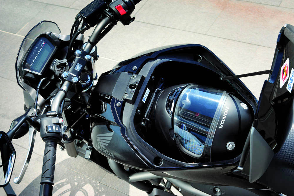 New Honda Nc700s And Nc700x Revealed Efficient Practical And Fun 171 Motorcycledaily Com