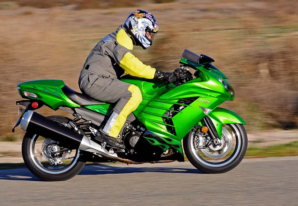 2012 Kawasaki Ninja ZX-14R: MD Ride Review, Part 1 (with dyno charts