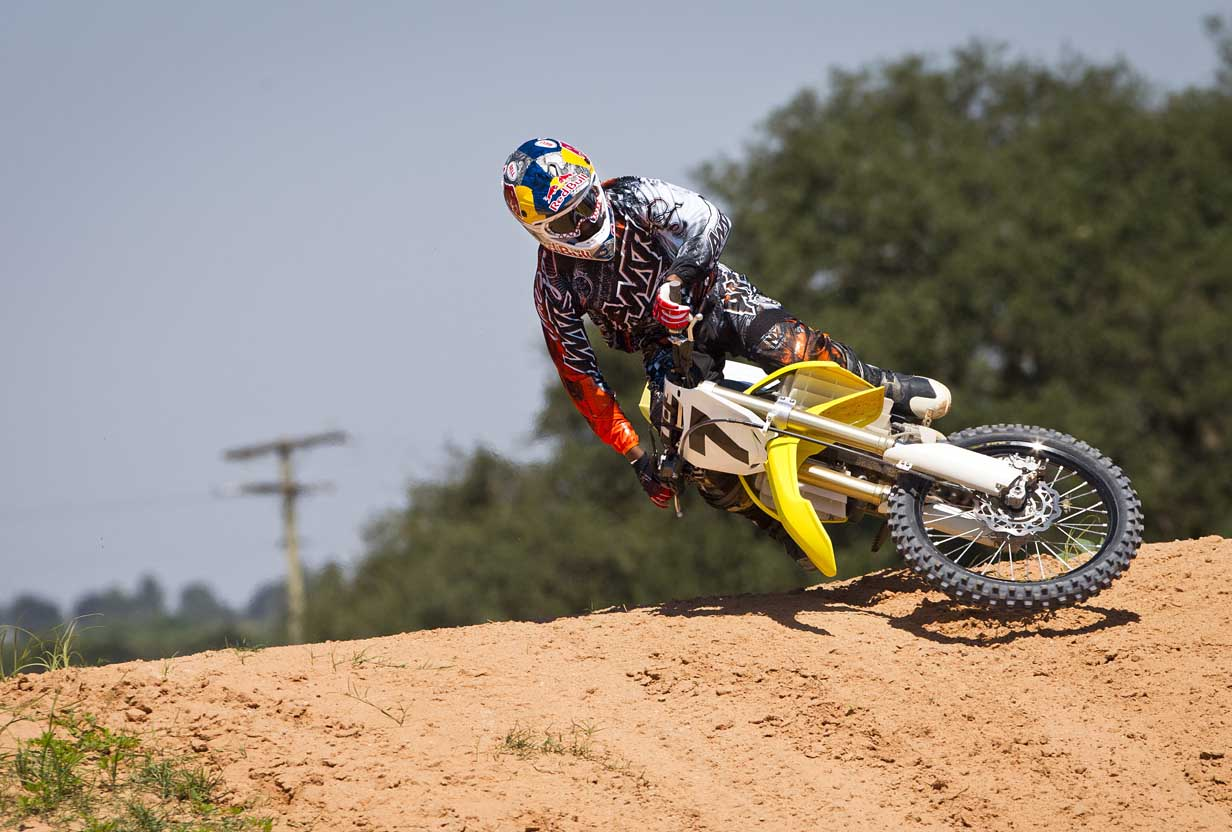 Rumors Prove True: James Stewart Switches to Suzuki (with video)