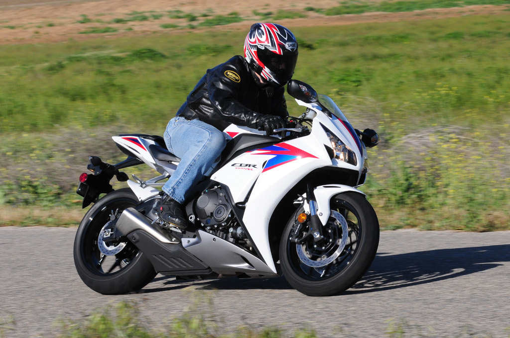Honda Cbr1000rr Review >> Md Ride Review 2012 Honda Cbr1000rr Motorcycledaily Com