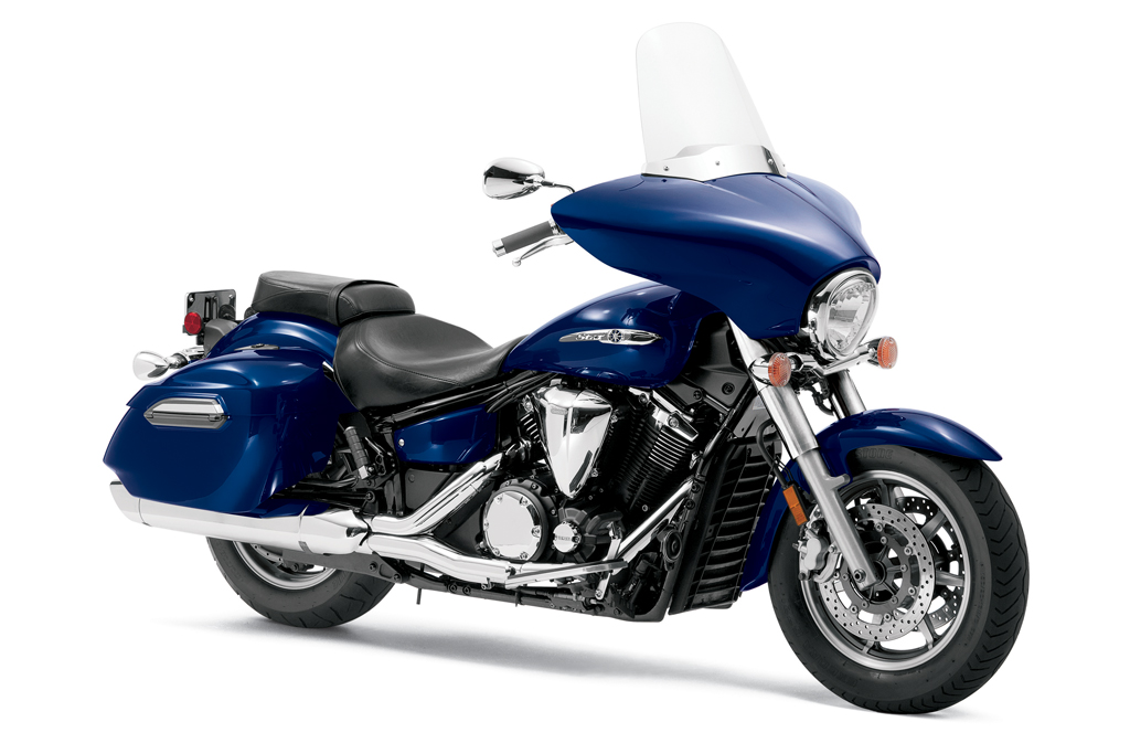 Md first look star v star 1300 deluxe motorcycledaily for Yamaha bagger motorcycles