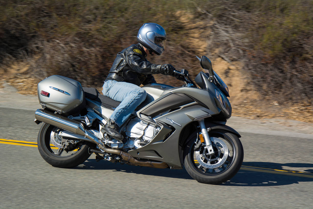 MD Ride Review: 2013 Yamaha FJR1300A « MotorcycleDaily.com ...