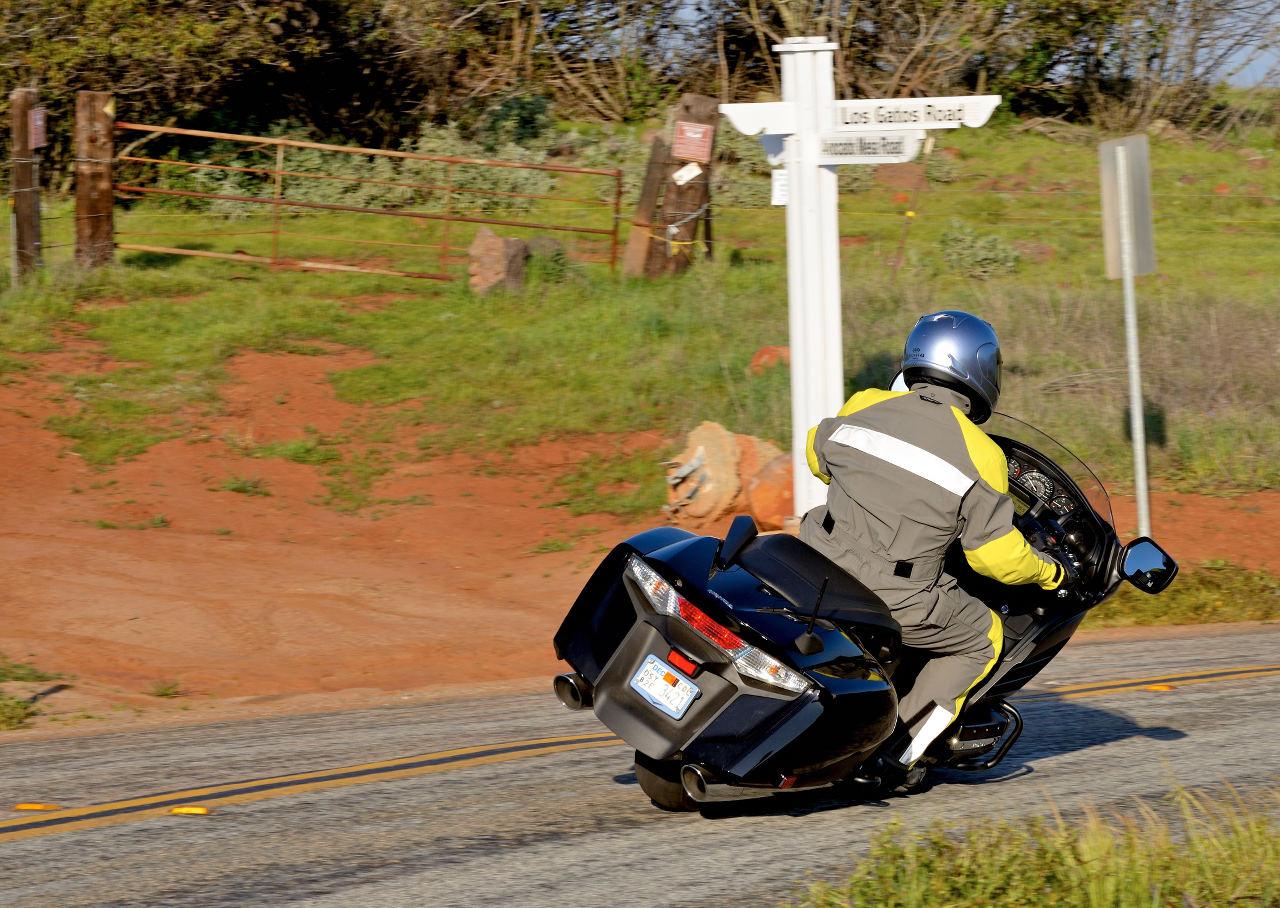 Md ride review 2013 honda gold wing f6b motorcycledaily html autos weblog