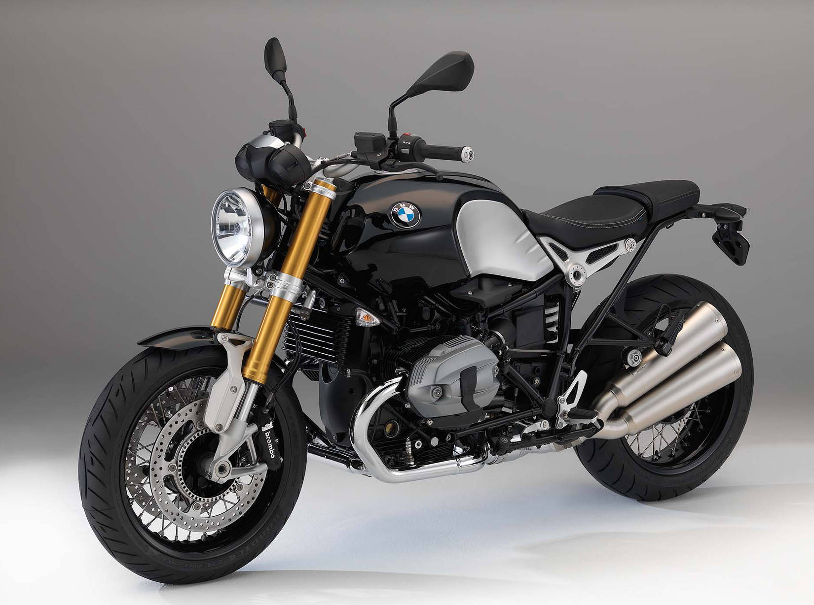bmw unveils the r ninet the retro standard you have been waiting for with video. Black Bedroom Furniture Sets. Home Design Ideas