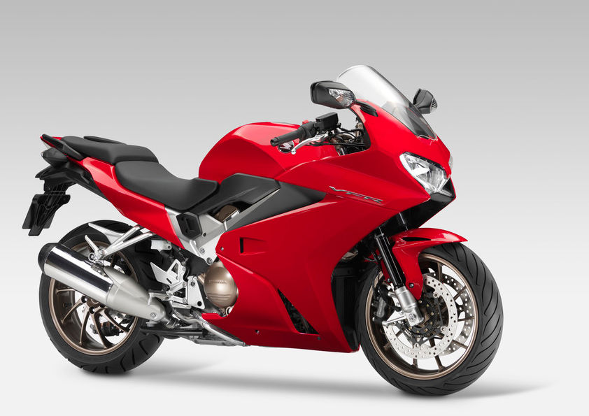Honda Trots Out New Vfr800f 22 Pounds Lighter And More Power