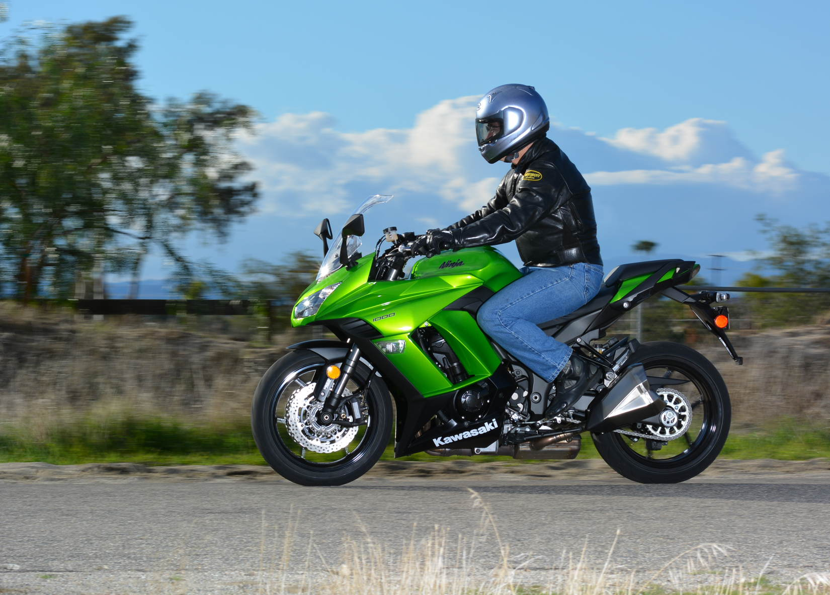 2014 Kawasaki Ninja 1000 Abs Md Ride Review Motorcycledailycom