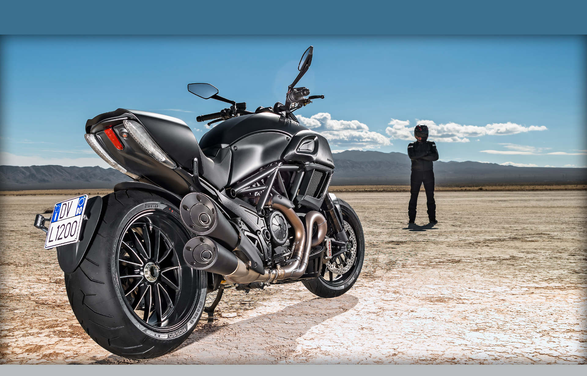Md First Look 2015 Ducati Diavel With Video Motorcycledaily Com
