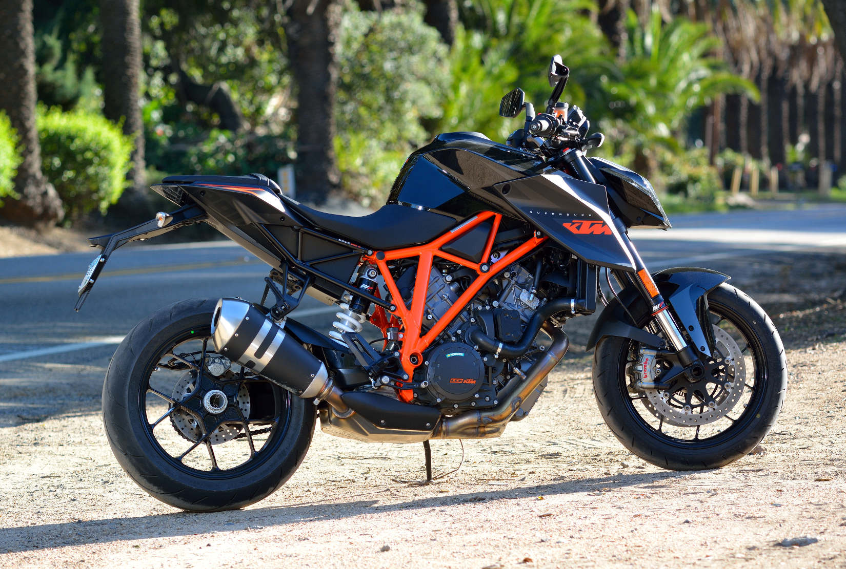 ktm 1290 super duke r md ride review part 2 motorcycle news. Black Bedroom Furniture Sets. Home Design Ideas