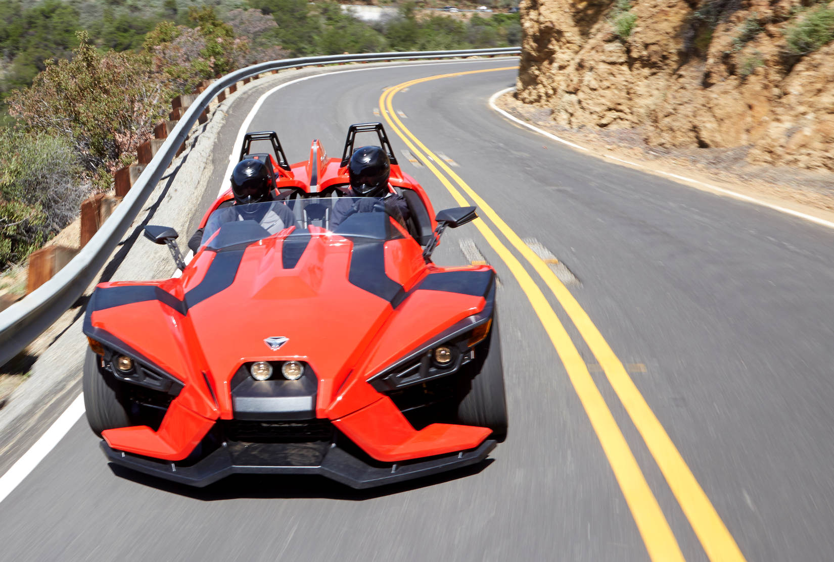 polaris unveils the slingshot a three wheeler with impressive specifications with video. Black Bedroom Furniture Sets. Home Design Ideas