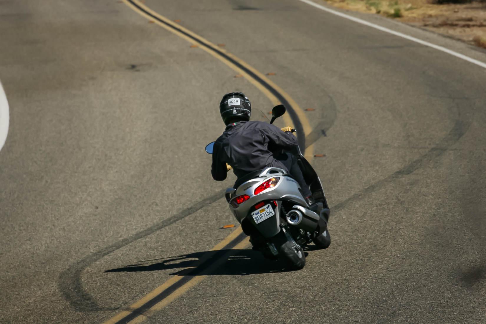 MD First Ride: 2014 Suzuki Burgman 200 - MotorcycleDaily com