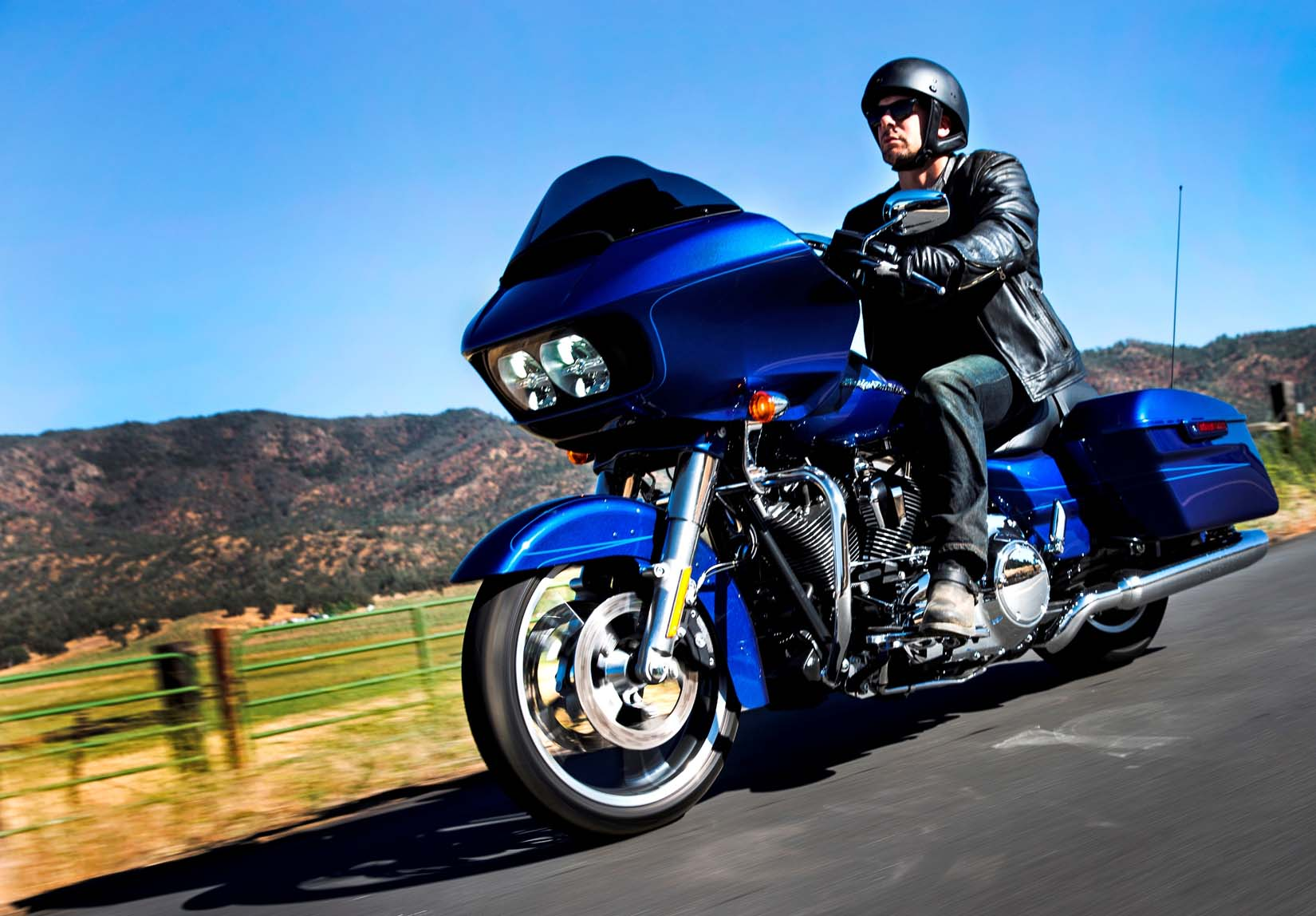 First Look: 2015 Harley-Davidson Road Glide and Road Glide Special