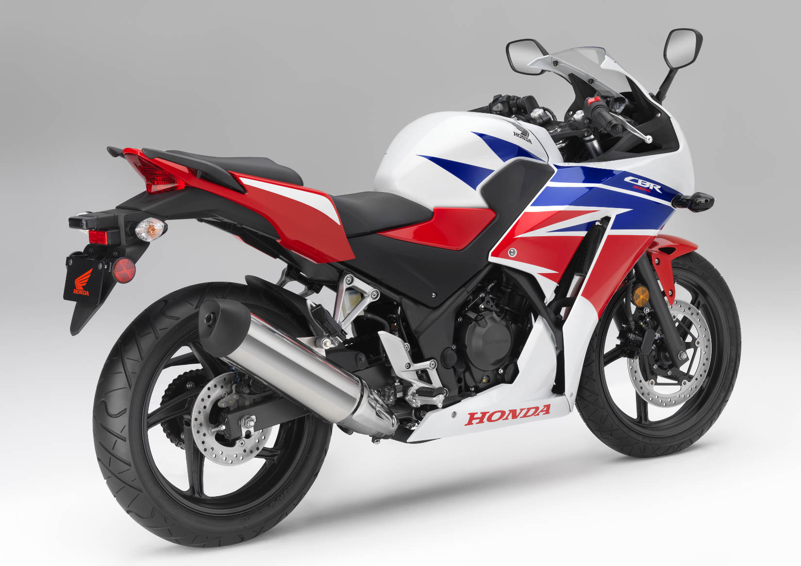 2015 Honda CBR300R MD First Ride MotorcycleDaily Motorcycle