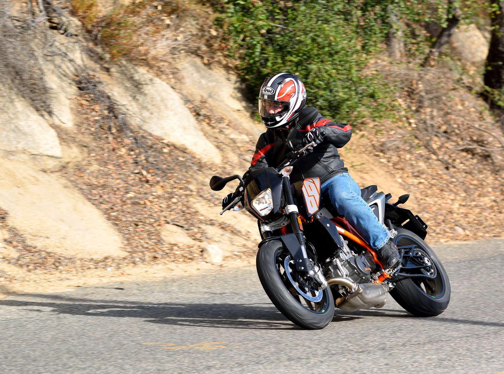 2014 KTM 690 Duke: MD Ride Review - MotorcycleDaily com