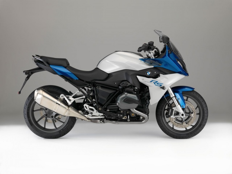 bmw introduces new r 1200 r naked and r 1200 rs sport tourer motorcycle. Black Bedroom Furniture Sets. Home Design Ideas