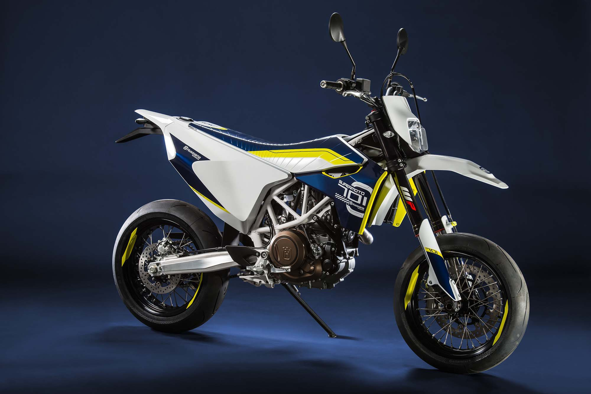 street legal husqvarna 701 supermoto to arrive next summer. Black Bedroom Furniture Sets. Home Design Ideas