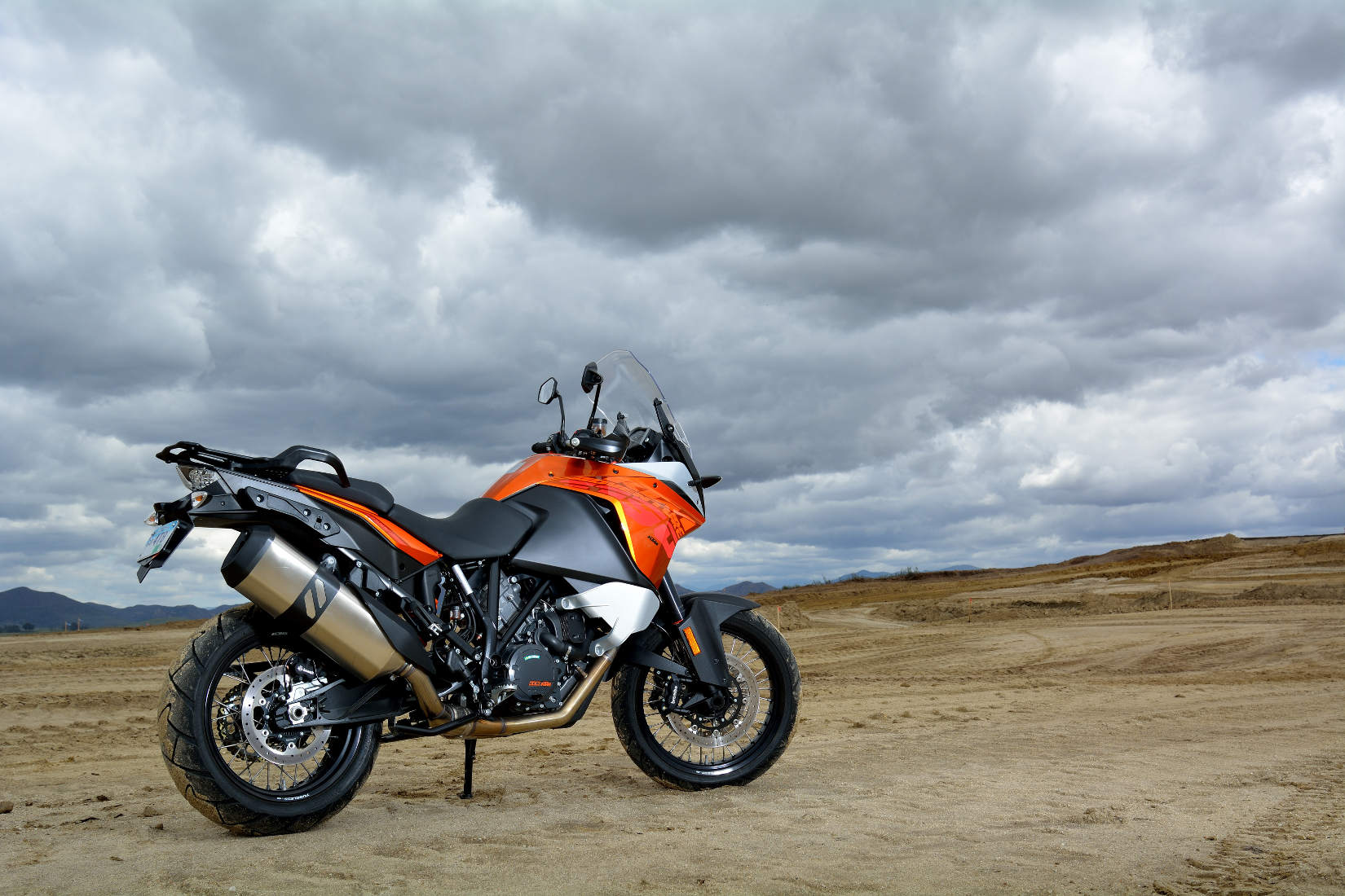 Does Ktm Adventure Have Cruise Control
