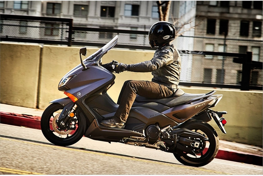Yamaha Re Introduces High Performance Tmax To U S Market