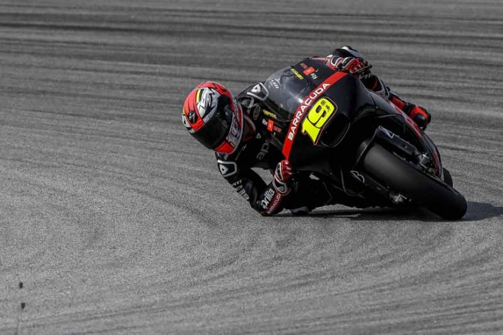 Aprilia Racing Day 2