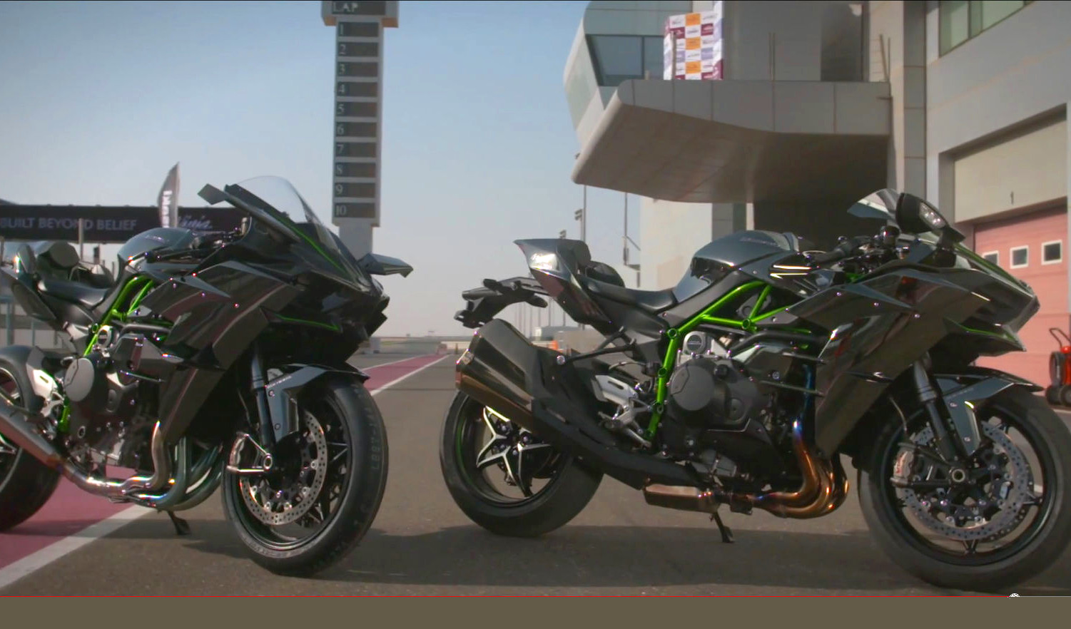 Kawasaki Ninja H2 And H2r Two Great Videos From The Qatar Launch