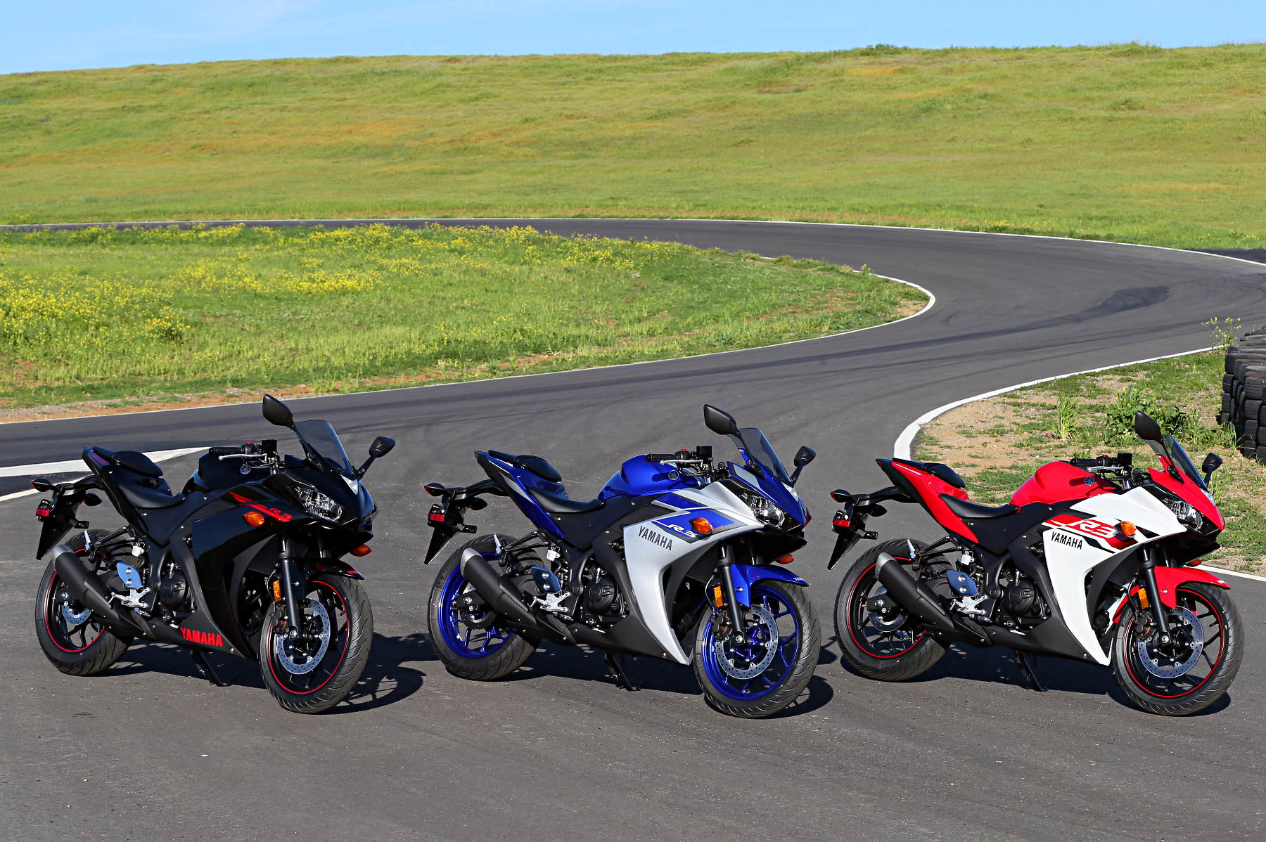2015 Yamaha YZF-R3 Press Launch, Report 2: Street and Track Testing ...