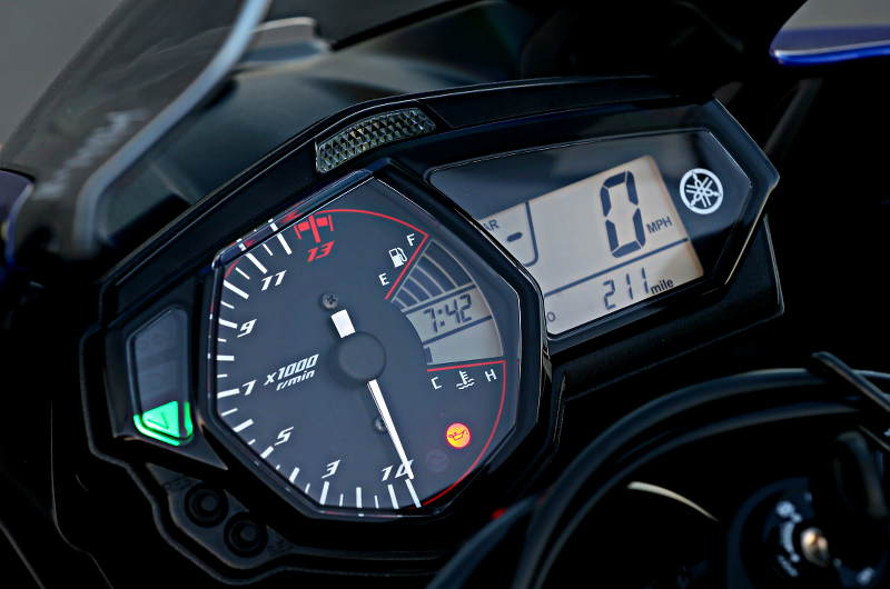 Related Yamaha To Launch Yzf R3 Instead Of R25 In India Yamaha Yzf R3