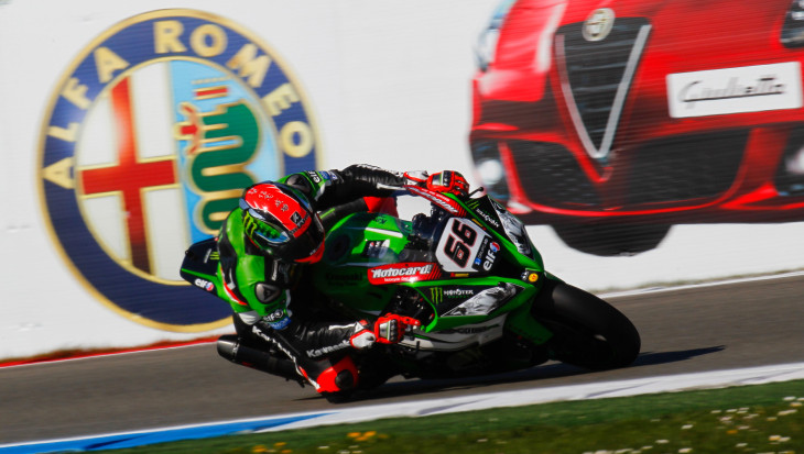 Sykes claims first Superpole of season