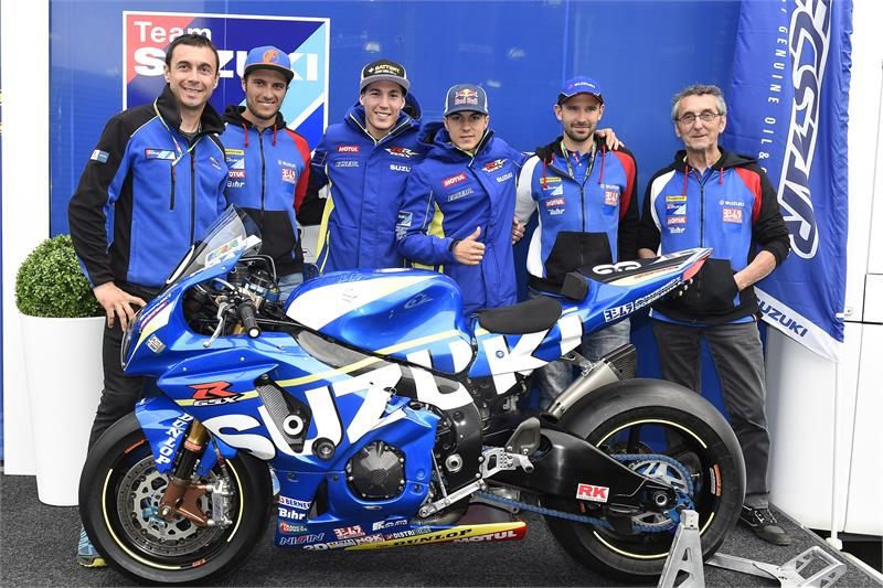 positive 1st day for team suzuki ecstar at le mans motorcycle news. Black Bedroom Furniture Sets. Home Design Ideas