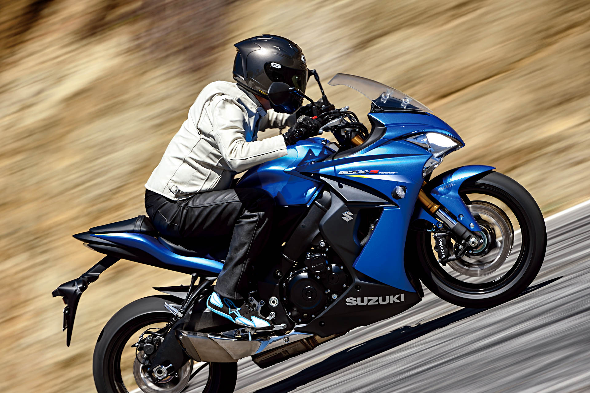 Suzuki announces early release 2016 models including details on gsx s1000 family