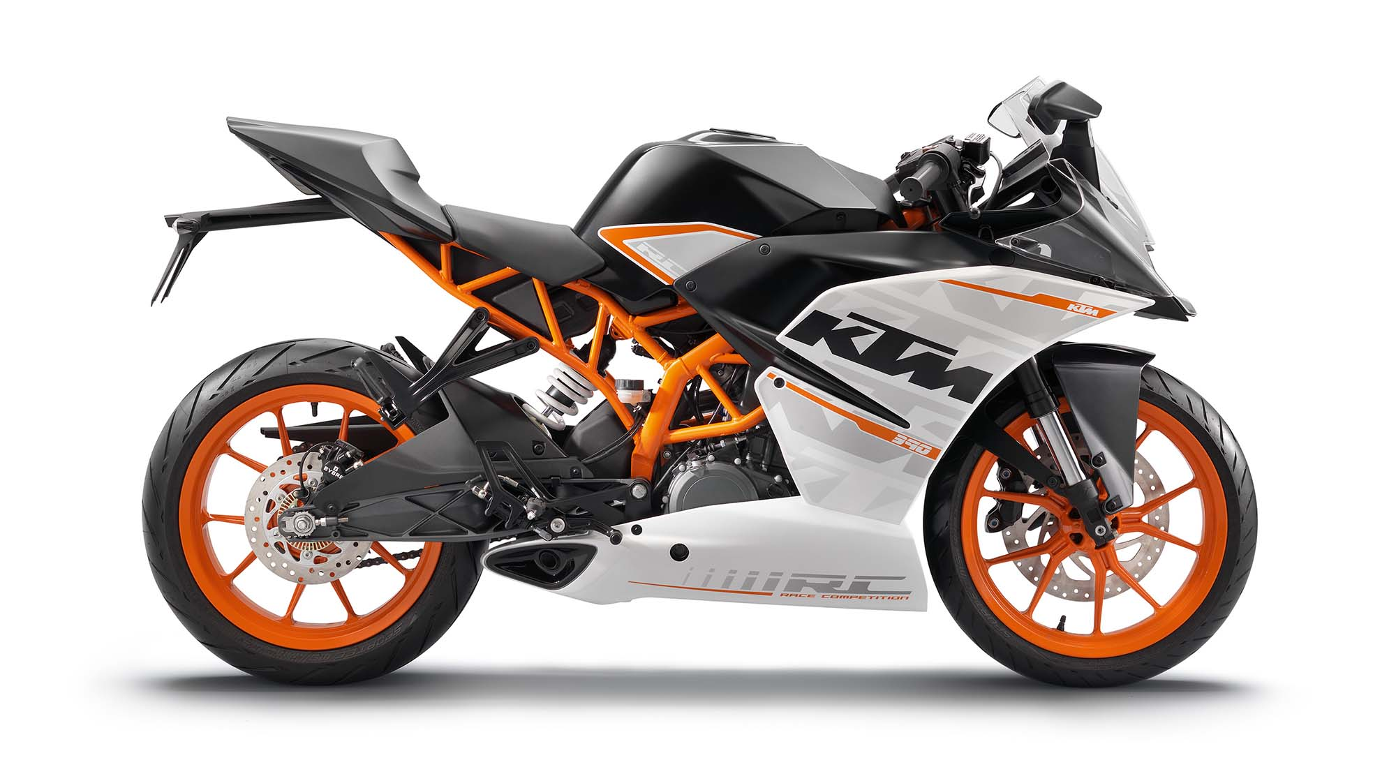 2015 ktm rc 390 md ride review motorcycle news editorials product. Black Bedroom Furniture Sets. Home Design Ideas