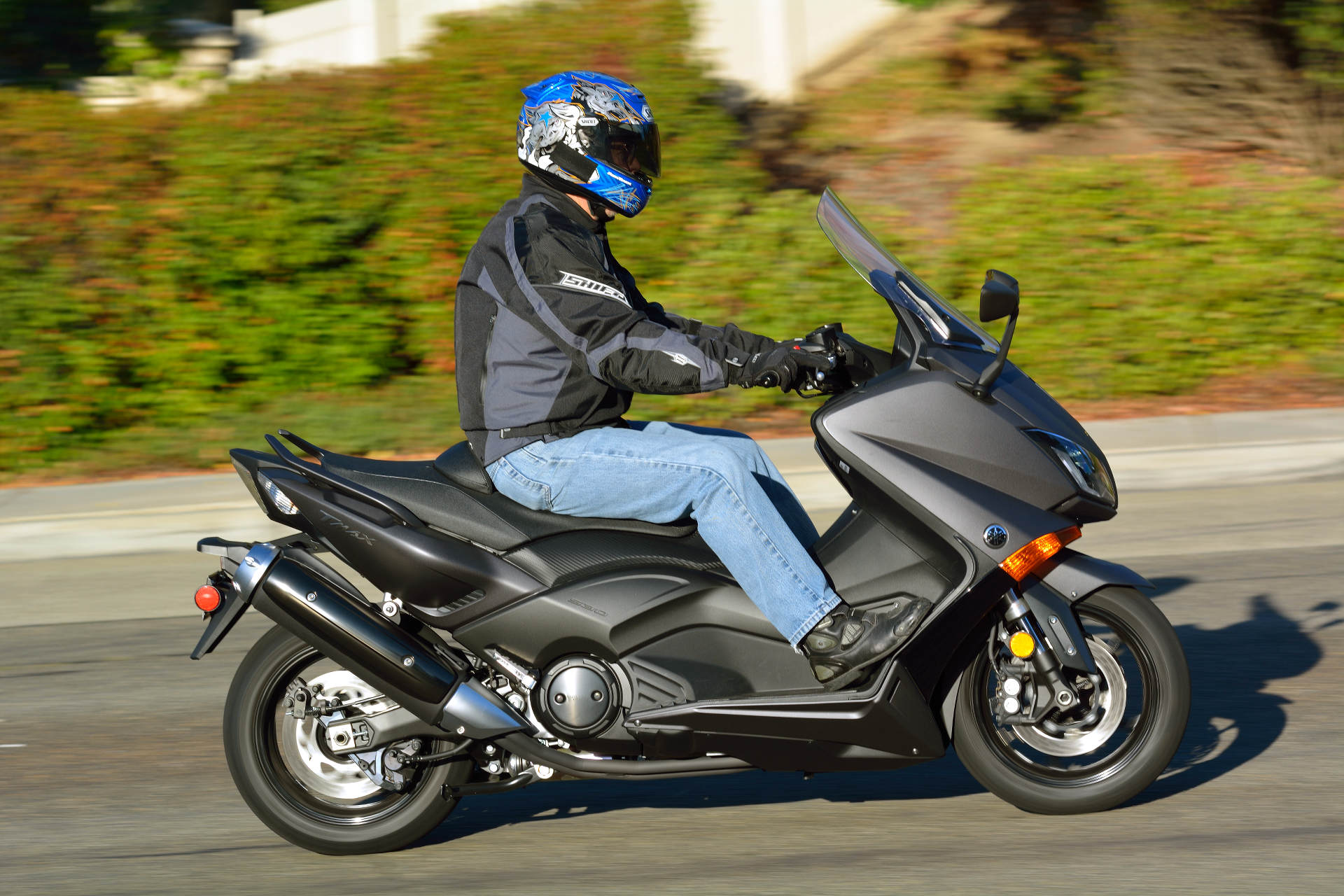 2015 Yamaha Tmax Md Ride Review 171 Motorcycledaily Com